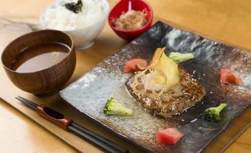 Hamburger steak with Japanese-style sauce